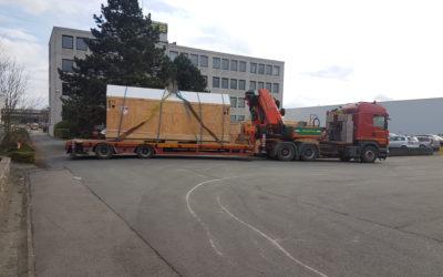 Transport van een houten kist