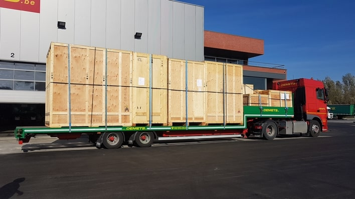 Transport of crates with loader